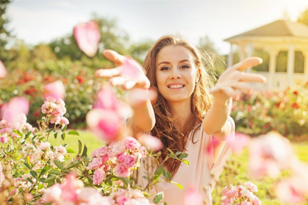 kak povysit' energiyu zhenskuyu cherez napolnenie i radost'