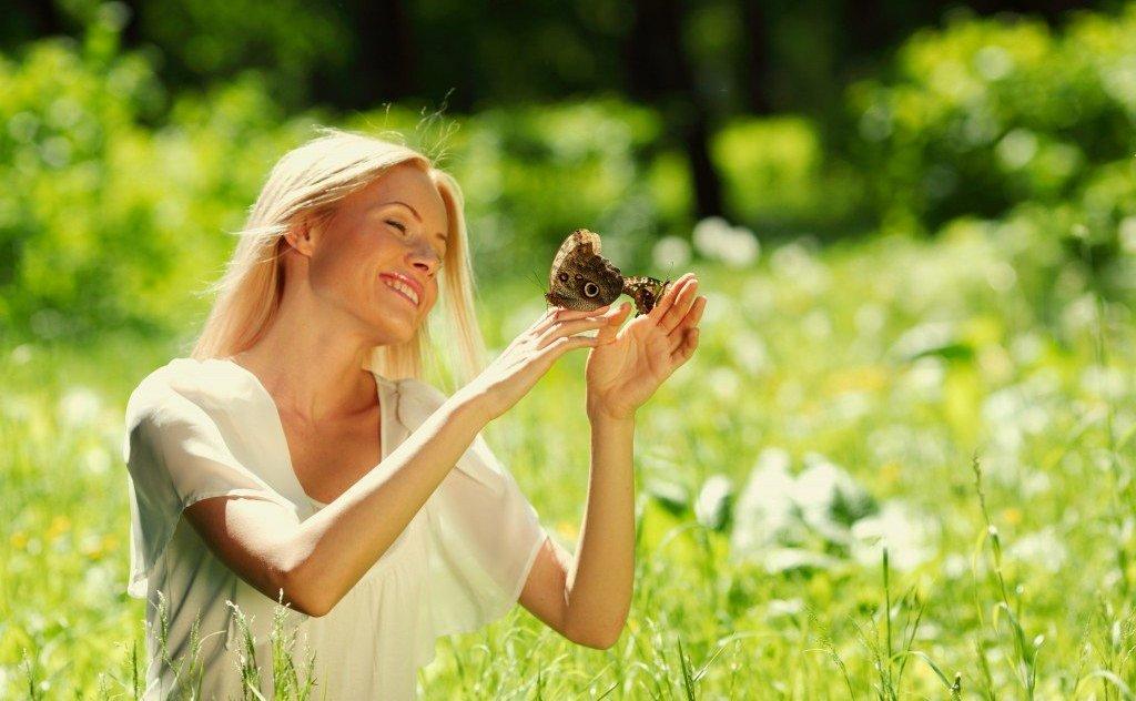 kak povysit' zhenskuyu energiyu cherez blagodarnost' i proshchenie