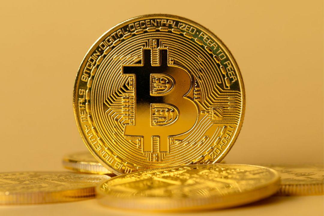 bitkoin budet stoit' $ 1 000 000